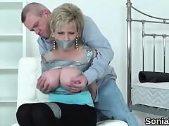 Unfaithful british older lady sonia displays her massive kn